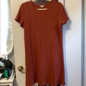 NWOT American Eagle Rust Red Lettuce Hem Dress